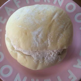 さくらサンド(ラ・ブランジュリ・キィニョン エキュート立川店 (La boulangerie Quignon))