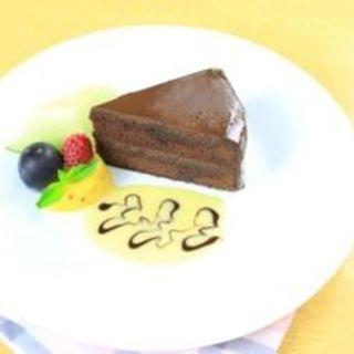 ウィーン風チョコレートケーキ(ロティズ・ハウス (Roti's House))