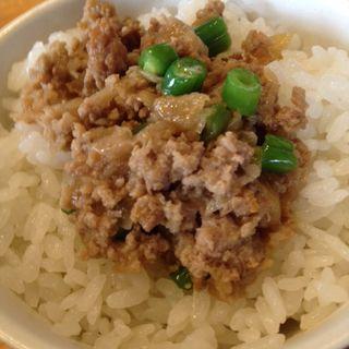 豚のバターいため丼(麺堂 HOME)
