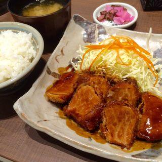 ひれとんかつ定食(矢場とん イオンモールナゴヤドーム前店 )