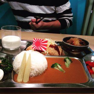 てっぱんカレー(辛口)(日招きの里 ハイカラ食堂)