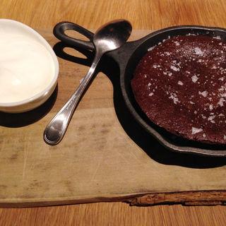 SVB特製焼きチョコレートケーキ  (スプリングバレーブルワリー東京 (SPRING VALLEY BREWERY TOKYO))