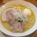鶏白湯淡玉らーめん(塩)
