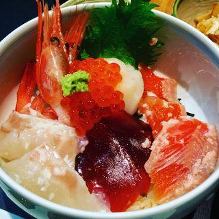海鮮丼(八海山 千年こうじや )