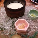 秋田 マタギ豆乳の手造り豆腐(美食米門品川港南 Wine&Grill )
