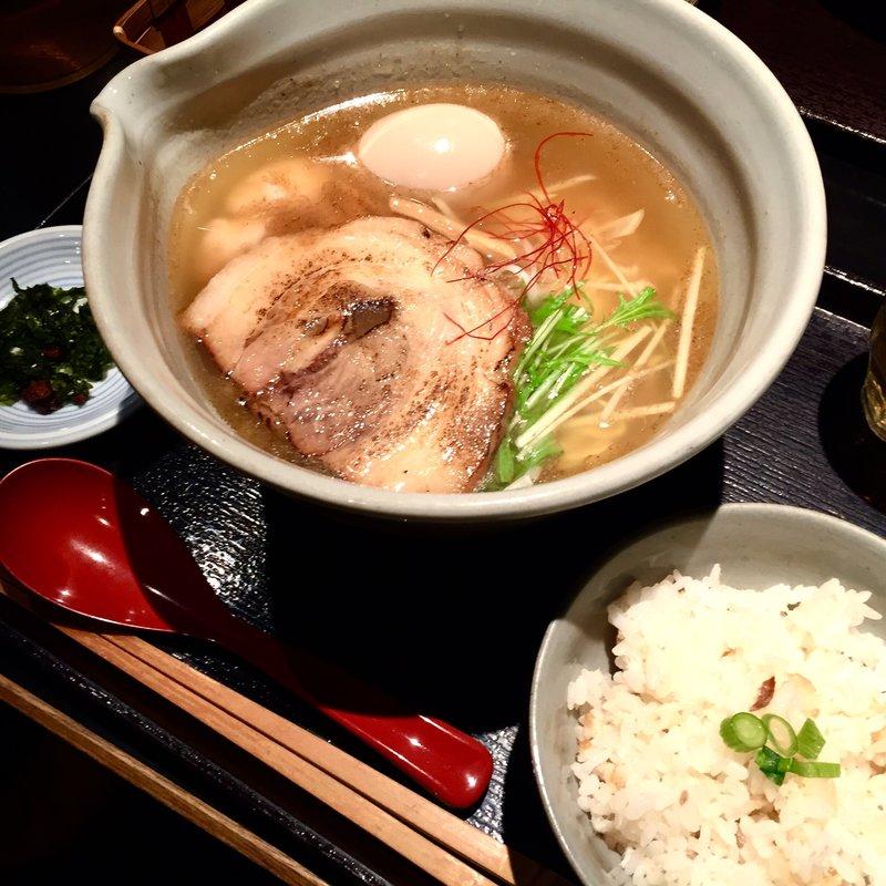 銀笹らーめん(白醤油)