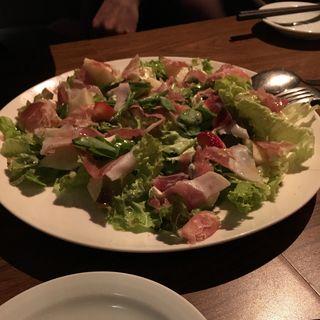 生ハムいちぢくハーブチーズのサラダ(バニラビーンズ)