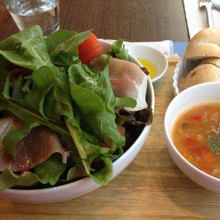 プロシュートのサラダランチ(ロクシタンカフェ 池袋店 (L'Occitane Cafe))