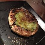 ジャンボ椎茸 ブルギニョンバター 【炭火焼】