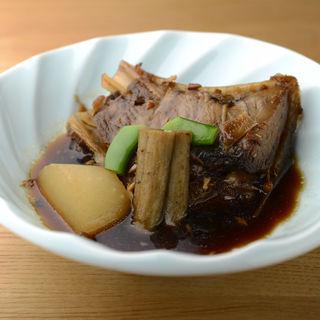 スペアリブの醤油煮(さかな竹若 築地本店 (サカナタケワカ))