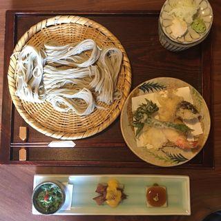昼セット(前菜3種蕎麦デザート)(くくり )