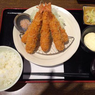 エビフライ定食(牛とん食堂)