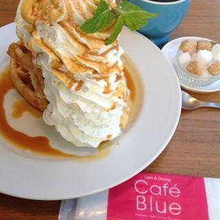 塩キャラメルのワッフル(カフェ ブルー)