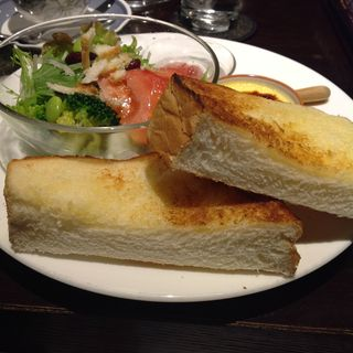 バタートーストプレート(カフェボーイズビー)