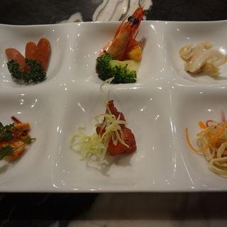 冷菜六種の盛り合わせ(全聚徳 銀座店)