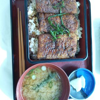 かば丼(レストラン シャローム)