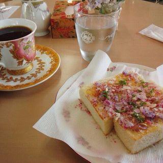バラのトースト