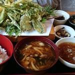 山菜の天婦羅定食