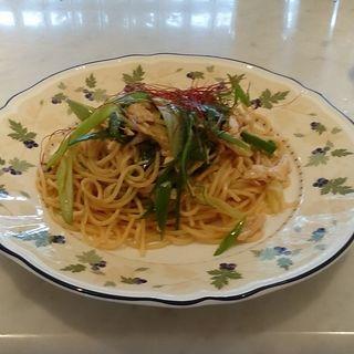 九条ねぎと蒸し鶏の和風パスタ(京都大学 生活協同組合カフェレストラン・カンフォーラ)