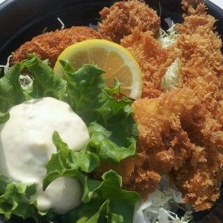 Mixフライ丼(おべんとうの えいしょう)