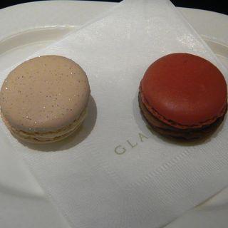 マカロン(ニューヨークチーズケーキ/フィグ〈季節限定〉)(GLAMOURDISE(グラモウディーズ))