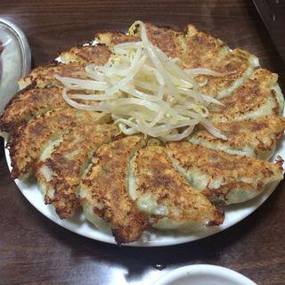 餃子・焼き肉(味通)