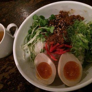 肉味噌混ぜご飯(アンデパンダン)