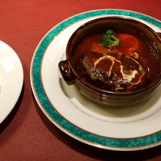 煮込みハンバーグ(レストラン 山惣)