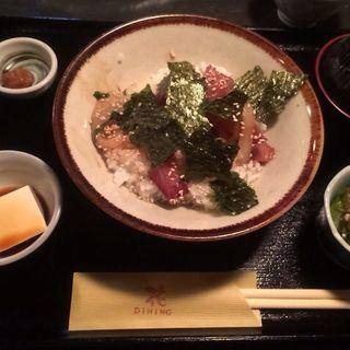 海鮮丼(ダイニング 花)
