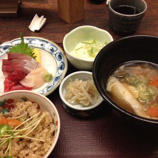 特選お刺身定食(三富魯久汁八 華れ)