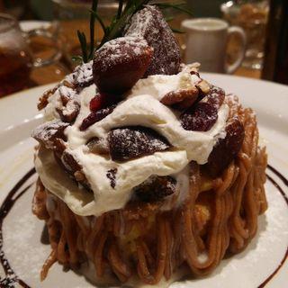 栗と木の実のモンブランパンケーキ(ジェイエス パンケーキカフェ)