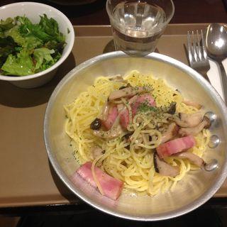 厚切りベーコンとキノコのペペロンチーノ(サンフラワーカフェ )