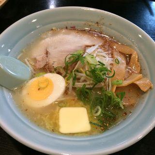 塩バターラーメン(旭川ラーメン 本店)