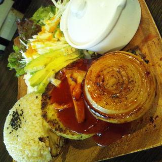 ランチセット玄米ライスとファラフェルハンバーグ(VESPERA)
