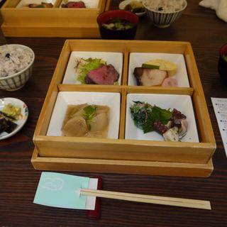 ふく蔵弁当(ふく蔵)