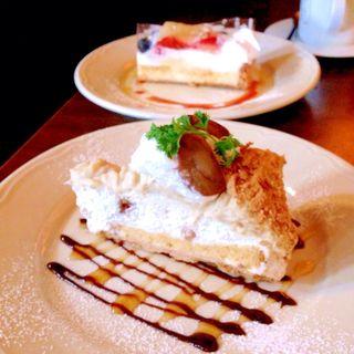 ケーキセット(neu.cafe)