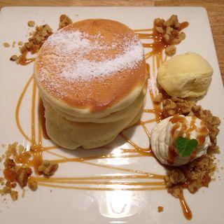 キャラメルナッツパンケーキ(fleur (フルール))