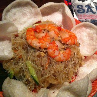 ピリ辛春雨とエビ&そぼろのサラダ(サイゴンカフェ 鈴鹿店 (SAIGON CAFE))