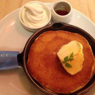 クリームブリュレ窯出しパンケーキ(Butter)