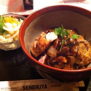 欧風ビーフカツ丼(千疋屋)