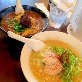 やみつき 黒胡麻坦々麺(麺屋 五七屋 (メンヤゴシチヤ))