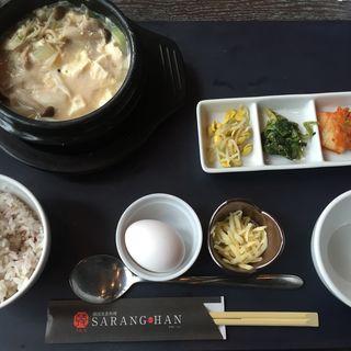 鶏肉とかぶらのスンドゥブ(韓国美食料理 SARANG-HAN)