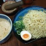 白ゴマつけ麺