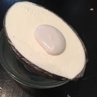 殻つきココナッツアイス(三条ぱくちー)