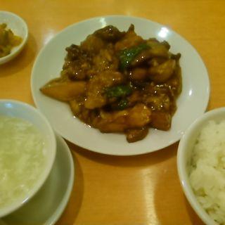 G地三鮮ランチ(牛肉とジャガイモ、茄子とピーマンの醤油炒め)(福満園本店)
