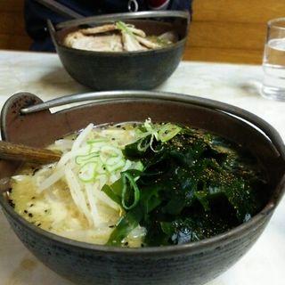 味噌ラーメン トッピングわかめ(あじ平 長柄店)