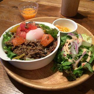 ガパオライス(カフェ マンドゥーカ (cafe manduka))