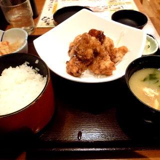 黒酢鶏唐揚定食(品川23号そば店 (【旧店名】常盤軒))