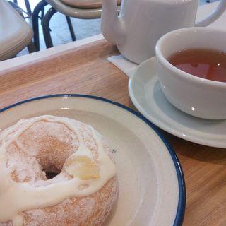 レモンとクリームチーズのドーナツ 紅茶セット(ミサキドーナツ鎌倉店)