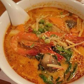 トムヤム麺(ジャスミン)